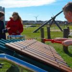 Grote marimba op een speelpek