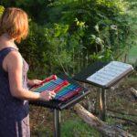 Cavatina met muziekboek voor buiten
